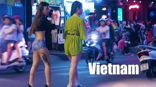 Vietnam Nightlife 2017 - Vlog 143 (bars, cheap beer, girls) thumbnail