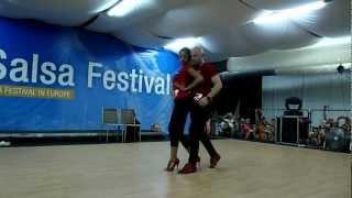Видео: CSSF 2012 - Ataca y La Alemana - Sensual Bachata 22.06.12
