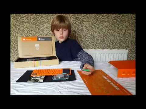 Charlie builds the Kano Raspberry Pi Computer (Littlegreenshed)