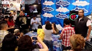 Jesse y Joy Firma de Autógrafos Mixup Plaza Universidad (Fans)