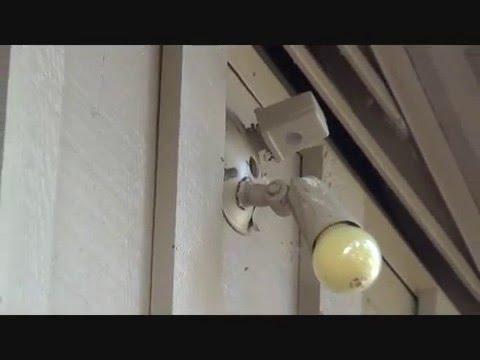 Exterior flood light fixture quick repair - YouTube