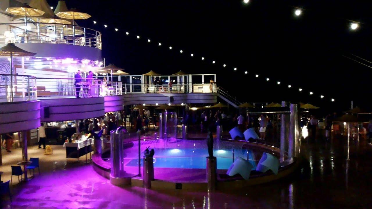 Costa fascinosa discoteca a poppa nave youtube for Piano nave costa fascinosa