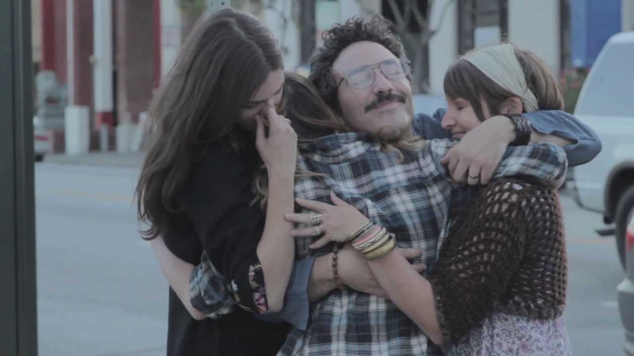the-babies-mess-me-around-official-music-video-woodsist