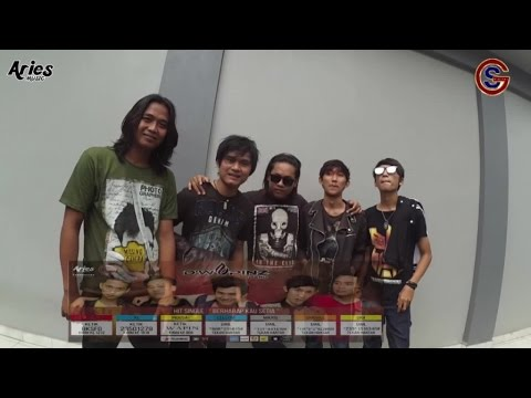 D'wapinz Band - Live typing Radio on tv (MATRIX TV)