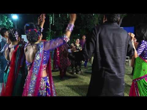 Family Dance Performance || Ye Toh Sach Hai Ki Bhagwan Hai || Sangeet Dance