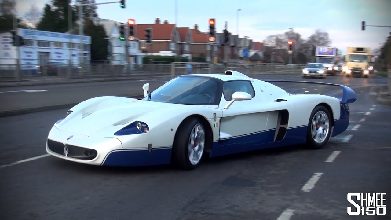 maserati mc12 arrives at romans international startup and on the road youtube. Black Bedroom Furniture Sets. Home Design Ideas