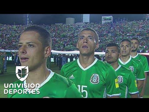 Aficionados en San Luis Potosí cantaron a todo pulmón el Himno Nacional de México