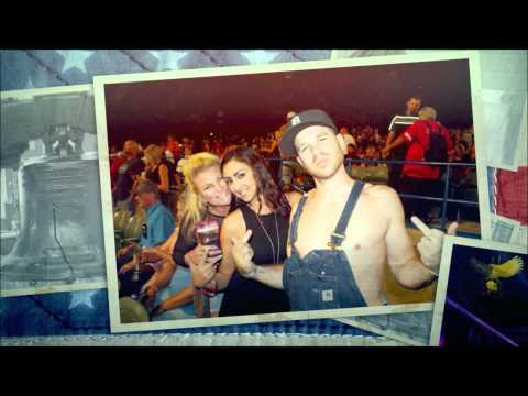 Kid Rock First Kiss & Cheap Date Concert Pictures Video 9/2/2015