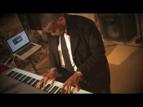 PIANO COVER BY MARCUS A. STANLEY - WITHHOLDING NOTHING - I GIVE MYSELF AWAY