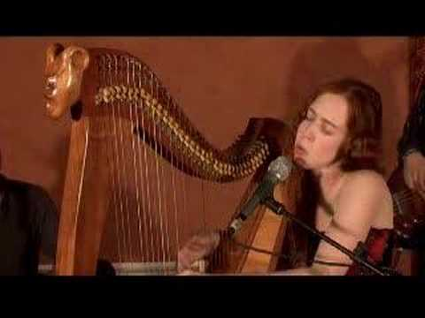 Cecile Corbel - live performance - Blackbird - celtic harp