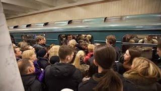 Поездка по самой загруженной линии метро Москвы !!
