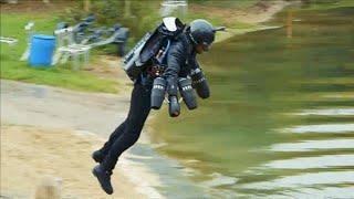 人が空を飛ぶ!?英国の発明家が開発したジェットスーツは、乗るではなく着用することで空を飛べる未来の形