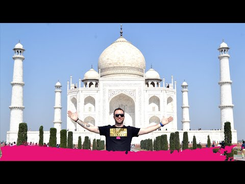 Visiting the TAJ MAHAL a WORLD WONDER + Day Trip to Fatehpur Sikri | Agra,  India