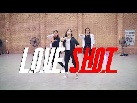 "EXO 엑소 - ""Love Shot""   CHELLi Dance cover"