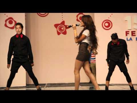 Danna Paola - 15 Fest la Expo Cantando