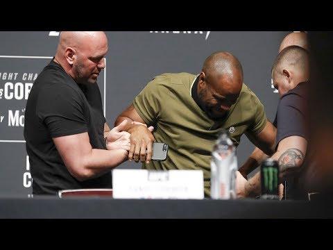 Кормье упал на пресс-конференции, Ортега отказался от боя на UFC 226, Диаз о своем возвращении