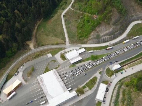 New EU Border Controls Create Traffic Nightmare