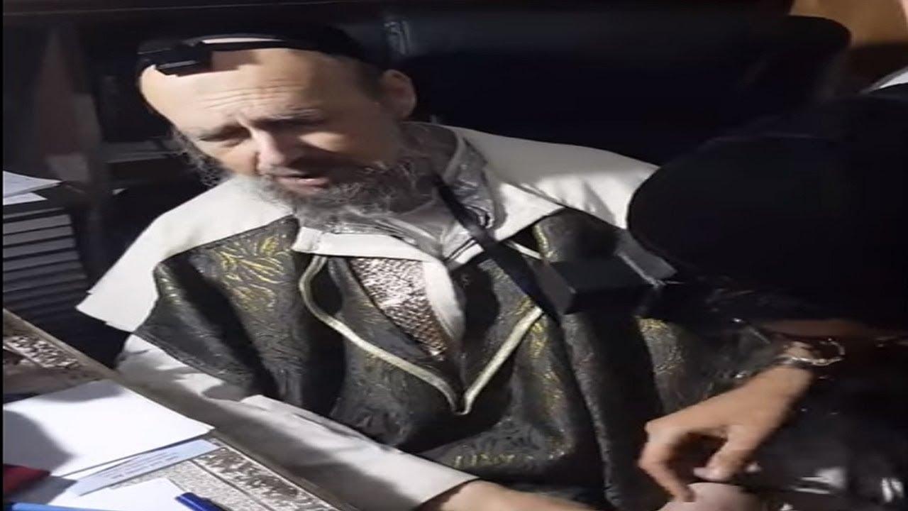 """☢ בול פגיעה - הרב אבידן סנדרוסי מקבל ברכה מהרב דב קוק שליט""""א"""