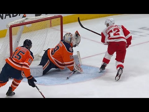 Mikko Koskinen flashes the leather on Andreas Athanasiou