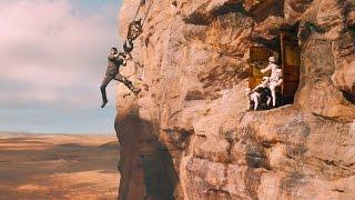 Макс Рокатански пытается бежать из плена — «Безумный Макс: Дорога ярости» (2015) сцена 1/10 HD