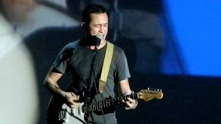 Joseph Gordon-Levitt - Lithium (Nirvana Cover) [Live @ The Neptune] (SSG Music)