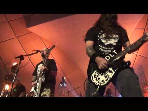 """De La Tierra """"D.L.T. - Intro/Somos Uno"""" - Live in São Paulo. 18.05.2014"""