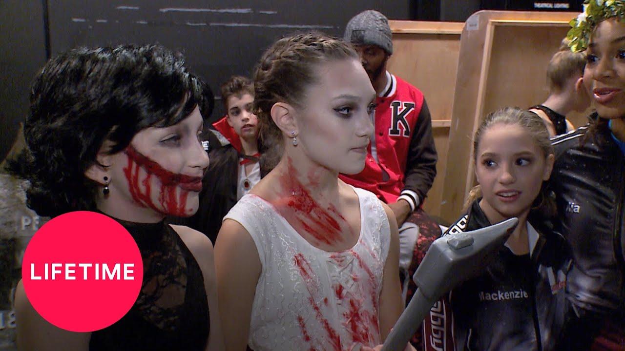 Download Dance Moms: Maddie vs. Brynn - The Dark Solos (Season 6 Flashback)   Lifetime