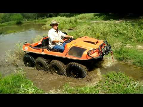 Argo ATV Amphibious 8x8 test for leaks across water