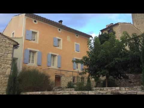 LOCATION  Maison De Village - LUBERON - Caseneuve (84) - 90 M²