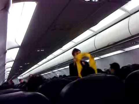 Stupid AIRasia crew (ak89)