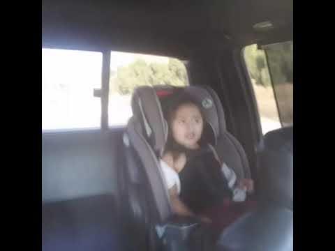 Baby singing corrido/banda