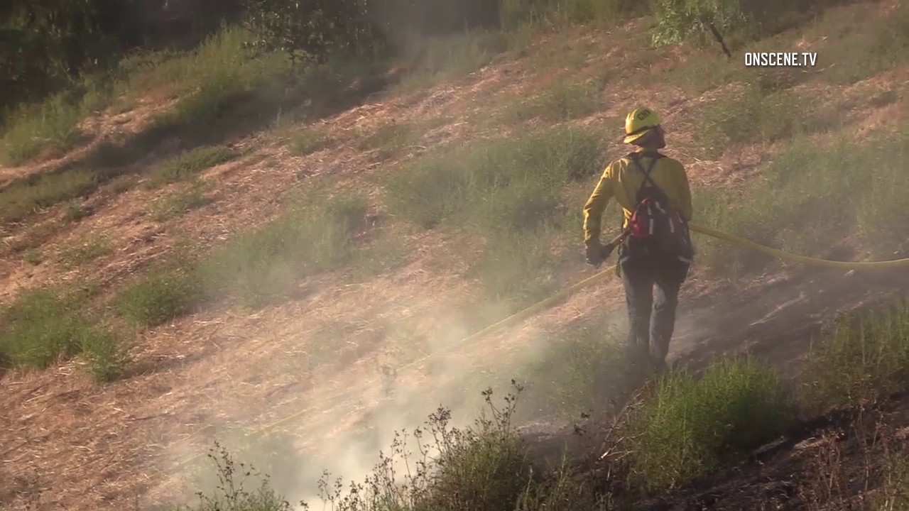 Chula Vista: Eastlake Brush Fire 08052017