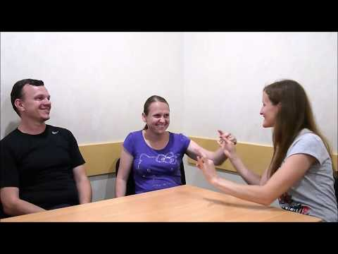 Слепоглухонемая женщина рассказывает о своей вере в Иисуса