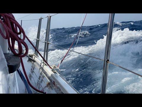 Rough Water! Sailing Offshore Bahamas to Panama