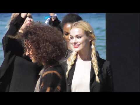 Iskra Lawrence, Doutzen Kroes & other Models @ Paris L'Oréal Fashion show 30 september 2018