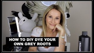 HOW TO DIY DYE YOUR OWN ROOTS - A TUTORIAL