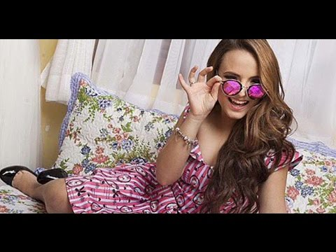 Larissa Manoela lança linha de óculos de sol - YouTube 511b0c8f82