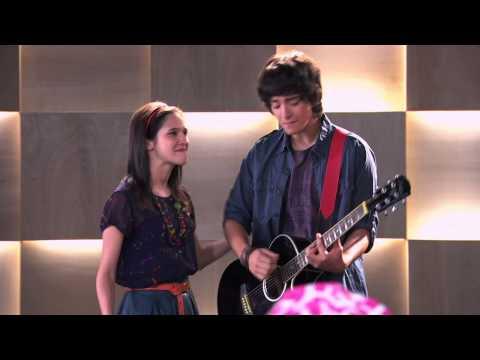 Fran y Marco  vuelven a cantar ¨Podemos¨ | Momento Musical | Violetta