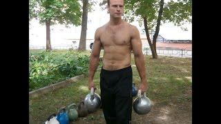 Подъем гирь весом 72 кг одной рукой.на 2 повтора.Lifting 2 gira (kettlebells) 72 kg(56+16).one hand.