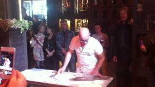шоу от чемпиона мира по пицца-акробатике Pasqualino Barbasso
