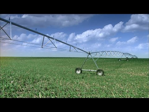 Center Pivot Irrigation Systems | How It's Made