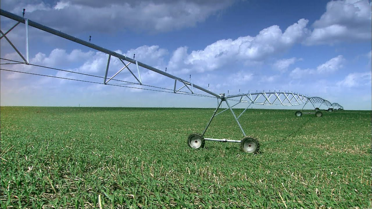 Center Pivot Irrigation Systems How It S Made Youtube