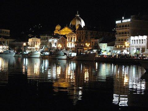 Греция Остров Лесбос. Набережная Митилини ночью Vacation in Lesbos Greece