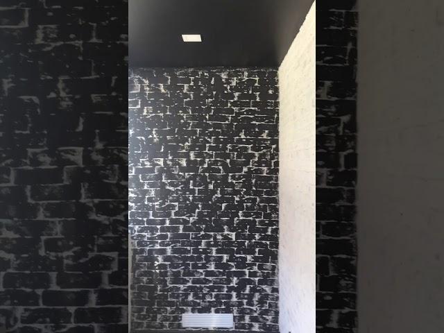 Смотреть видео Отделка балкона декоративным камнем