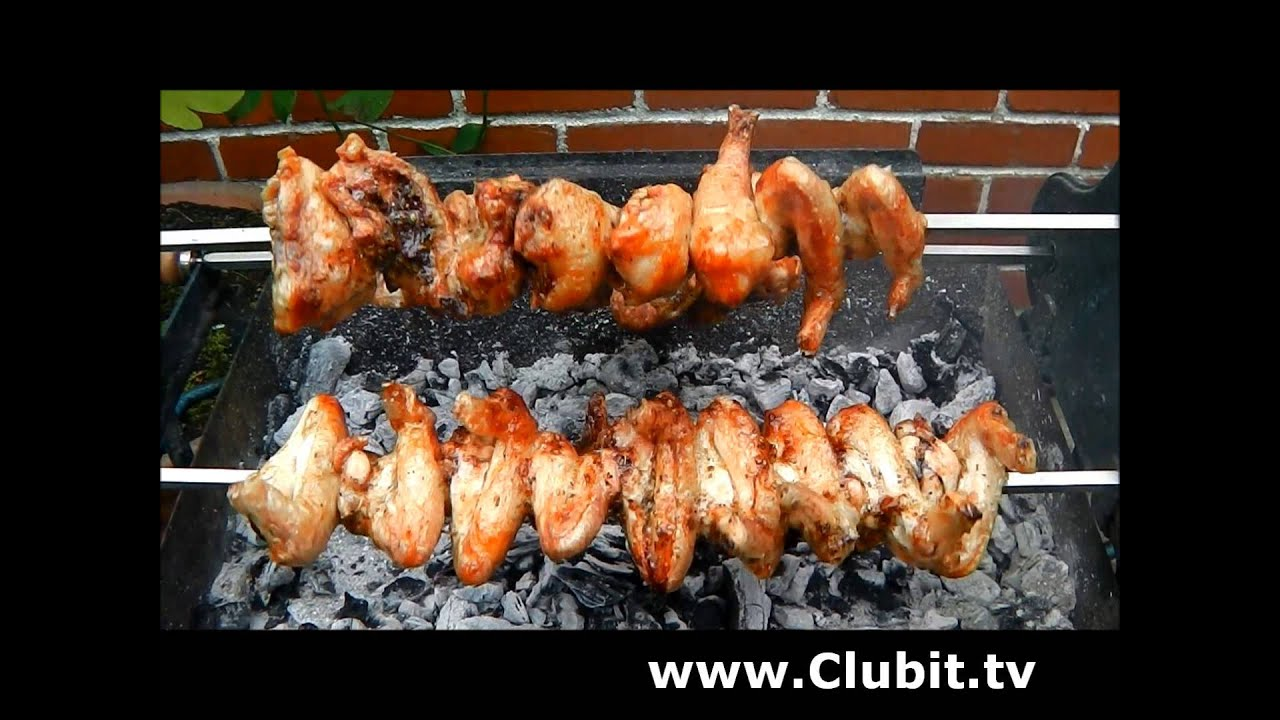 Chicken Souvla On A Cyprus Rotisserie Bbq Youtube
