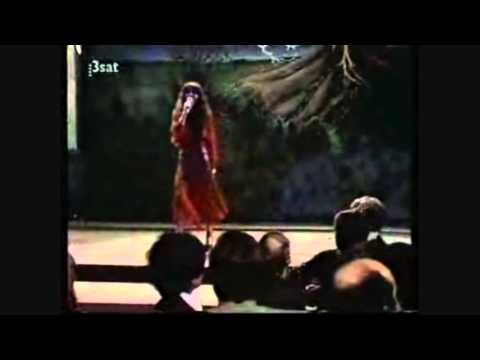 Kate Bush - Kite & Wuthering Heights (Germany 1978)