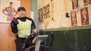 СЖИГАНИЕ ЖИРА: кручу педали на велотренажере