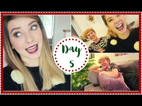 CHRISTMAS SONG AND DANCE PARTY | VLOGMAS