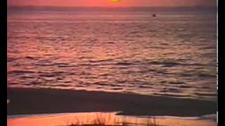 Ilgais cels kapas (Long Road in the Dunes,1981) - Circenisa Ziemassvetki - YouTube.flv