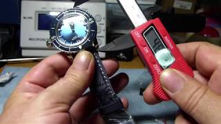 Unboxing and overview of the.Reef Tiger Aurora Deep Ocean 200m Dive watch Ref. RGA3035